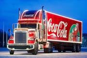 Der beleuchtete Weihnachts-Lastwagen von Coca Cola macht auf seiner Tour mehrmals Halt in der Zentralschweiz (Symbolbild). (Bild: pd)