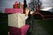 Damit ihre Liebsten grosse Augen machen, geben einige Urner Geschäfte Tipps für tolle Weihnachtsgeschenke. (Bild: Archiv Neue LZ)