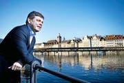 Der Luzerner SVP-Präsident Franz Grüter gründet eine Stiftung, die Arbeitslose über 50 bei ihrem Wiedereinstieg ins Arbeitsleben unterstützen soll. (Bild Dominik Wunderli)