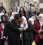 Trauergäste am gestrigen Gedenkgottesdienst in der St.-Pauls-Kathedrale. (Bild: Gareth Fuller/Getty (London))