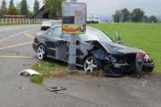 Beim Abbiegen hat es zwischen den beiden Autos gekracht. (Bild: Luzerner Polizei)