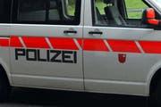 Ein Polizeifahrzeug. (Symbolbild)