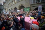 So wie am 10. Dezember 2012 wollen am Montag Hunderte Schüler auf die Strasse gehen. (Bild: Pius Amrein / Neue LZ)