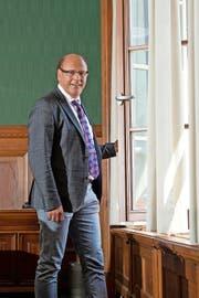 Matthias Senn im Gemeinderatssaal in Kriens: «Beim Bypass beweisen wir durchaus Selbstbewusstsein.» (Bild Dominik Wunderli)