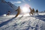 Skifahrer am Rothorn (Bild: Manuela Jans / Neue LZ)