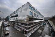 Das neue Gebaude der Uni Luzern, fotografiert Ende Februar 2011. (Bild: Boris Bügrisser/Neue LZ)