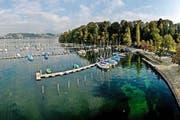 Der Segelboothafen Tribschenhorn am Mittwoch: Für den Umbau mussten die meisten Boote ausgewassert werden. (Bild: Pius Amrein / Neue LZ)