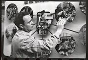 Auch an der Mustermesse in Basel 1943 steht der Stromzähler im Mittelpunkt. (Bilder: Archiv für Zeitgeschichte (ETH Zürich)/Verein Industriepfad Lorze)