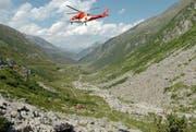 Eine Helikopter der Rega über dem Gotthardmätteli. (Symbolbild / Keystone)