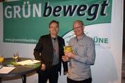 Conrad Wagner (links) bei seiner Nomination zum Regierungsratskandidaten am Samstagabend. (Bild: Kurt Liembd / Neue NZ)