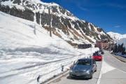 So wie auf dem Gotthard (Bild) wird auch die Furkapassstrasse am 24. Mai für den Verkehr freigegeben. (Bild: Benedetto Galli / Keystone (Gotthard, 21. Mai 2017))