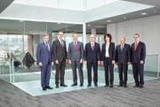 Die Konzernleitung von Emmi (von links): Matthias Kunz, Marc Heim, Robin Barraclough, Urs Riedener, Natalie Rüedi, Robi Muri und Jörg Riboni. (Bild PD)