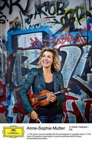 Wurde nach ihrem Luzerner Debüt vor 40 Jahren von Karajan entdeckt: Anne-Sophie Mutter (53). (Bild: Deutsche Grammofon/Stefan Höderath)