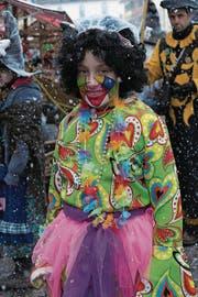 Lea Bachmann (11), Eich: «Ich habe mich als Farbkübel verkleidet. Da wir dieses Jahr nur zwei Mal an die Fasnacht gehen, lohnte sich ein neues Kostüm nicht. Also habe ich in der Verkleidungskiste gewühlt.»
