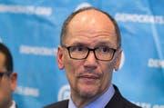 Tom Perez, neuer Chef der US-Demokraten. (Bild: Branden Camp/AP)