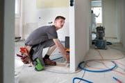 Dominik Huber schoss diesen Sommer die Lehre bei der CKW Conex AG als Elektroinstallateur ab. (Bild Nadia Schärli)