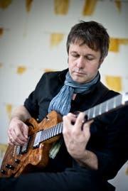 Gitarrist Franz Hellmüller. (Bild: Pius Amrein (Luzern, 27. Mai 2014))