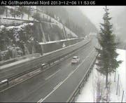 Autobahn A2 im Kanton Uri. (Bild: Webcam)
