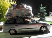 Dem Lenker dieses Kombis wurde von der Polizei die Weiterfahrt verweigert. (Bild: Kapo Schwyz)