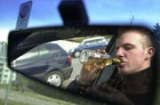 Alkohol am Steuer: Die Fälle nehmen wieder zu. (Symbolbild Eveline Bachmann/Neue LZ)