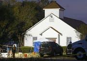 Das Massaker ereignete sich in dieser Kirche in Sutherland Springs in Texas. (Bild: Larry W. Smith / EPA (Sutherland Springs, 6. November 2017))