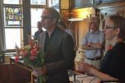 Beat Züsli wird vor dem Grossen Stadtrat vereidigt und wird dabei gleich abgelichtet. (Bild: Neue LZ)