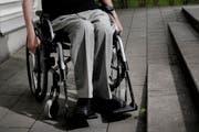 Ein invalider Rentner litt schrecklich. Eine angehörige kritisiert nun die Behörden. (Symbolbild) (Archivbild)