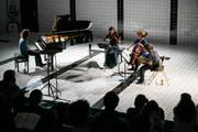 Im ehemaligen Hallenbad wird auch Musik geboten, wie hier beim Konzert IV des Festivals der Musikhochschule. (Bild: Philipp Schmidli / LZ (Luzern, 16. April 2016))