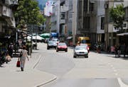 60 000 Franken wollte der Stadtrat jährlich mit der Aufhebung der Bushaltestelle Steinhof (im Bild links) einsparen. (Bild Stefan Kaiser)