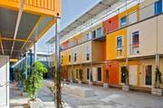 Erhält Baar einen solchen Containerkomplex als Asylunterkunft? Die temporäre Wohnsiedlung im Zürcher Leutschenbach – geplant vom NRS-Team. (Bild: PD/Maurice K. Grünig)