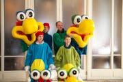 Die Familie Thrier gewinnt mit ihrem Sujet «Nasengrübler» in der Familienkategorie. (Bild: Dominik Wunderli / LZ (Luzern, 13. Februar 2018))