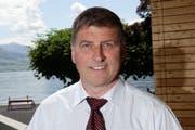 Vitznaus Gemeindepräsident Noldi Küttel tritt per Ende August zurück. (Bild: Philipp Schmidli, Vitznau, 18. Mai 2011)