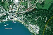 Die Olympstrasse (rot eingekreist) in Brunnen. (Bild: map.search.ch)