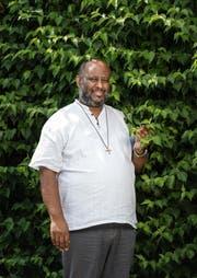 Der katholische Priester Mussie Zerai aus Eritrea bei einem Besuch in Sursee. 2015 war er für den Friedensnobelpreis nominiert. (Bild Roger Grütter)