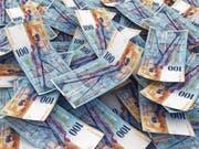 Der Franken wird langsam schwächer – er gilt aber nach wie vor als hoch bewertet. (Bild: Castillo Dominici/Getty)