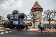 Die Demonstranten unterwegs in Luzern. (Bild: pd)
