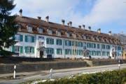 Technikum Cham, 1920 von Baumeister Wilhelm Hauser für die bei Nestlé & Anglo-Swiss beschäftigten Ingenieure erbaut. Das Haus ist Teil des Inventars der schützenswerten Denkmäler. Am 16. Januar 2016 wurde der sanierte Bau der Bevölkerung übergeben. Die 17 preisgünstigen Woh-nungen waren im Nu vermietet. (Bild: PD)