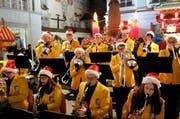 Das Jugendblasorchester beim Auftritt am 21. Dezember. (Bild: PD)