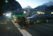 Die Kollision ereignete sich am Montagmorgen kurz nach 7.15 Uhr auf der Umfahrungsstrasse Richtung Attinghausen. (Bild: PD)