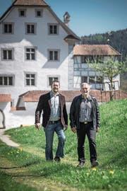 Steuern die Geschicke von Ebersecken und Altishofen: Thomas Roos (links) und Urs Kaufmann. (Bild: Pius Amrein (Altishofen, 10. April 2017))