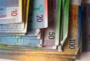 Die Regierung will am innerkantonalen Finanzausgleich schrauben. (Bild: Keystone / Martin Ruetschi)