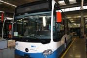 Die neuen Mercedes-Busse sind rund zehn Meter lang. (Bild: facebook.com/verkehrsbetriebeluzern)