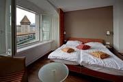 Ein Hotelzimmer in der Stadt Luzern (Symbolbild). (Bild: Pius Amrein / Neue LZ)