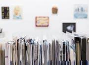 Die Kunsthalle Luzern hat ihre Basis-Dokumentationsstelle derzeit in eine Ausstellung integriert. (Bild: Kilian Bannwart/PD)