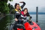 Mit dabei in der Sendung aus Willisau: Fabienne Louves (hinten) und Eliane Müller. (Bild: SRF / Oscar Alessio)