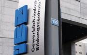 Das Gewerblich-industrielle Berufsbildungszentrum in Zug. (Werner Schelbert/Neue ZZ)