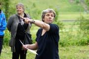 Ursula Hildebrand ist Präsidentin der ACT Zentralschweiz, hier als künstlerische Leiterin bei einem Theaterstück in Dallenwil. (Bild: Romano Cuonz / Neue NZ)