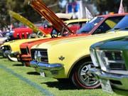 Oldtimer der australischen Traditionsmarke Holden bei einem Treffen bei Adelaide. (Bild: Keystone/EPA AAP/DAVID MARIUZ)