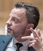 Hans-Ueli Vogt (SVP) im Nationalratssaal. (Bild: Alessandro Della Valle/Keystone (Bern, 30. November 2015))