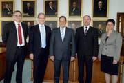Die neue Obwaldner Regierung (von links): Franz Enderli (CSP), Hans Wallimann (CVP), Paul Federer (FDP), Niklaus Bleiker (CVP) und Maya Büchi (FDP). (Bild: Keystone)